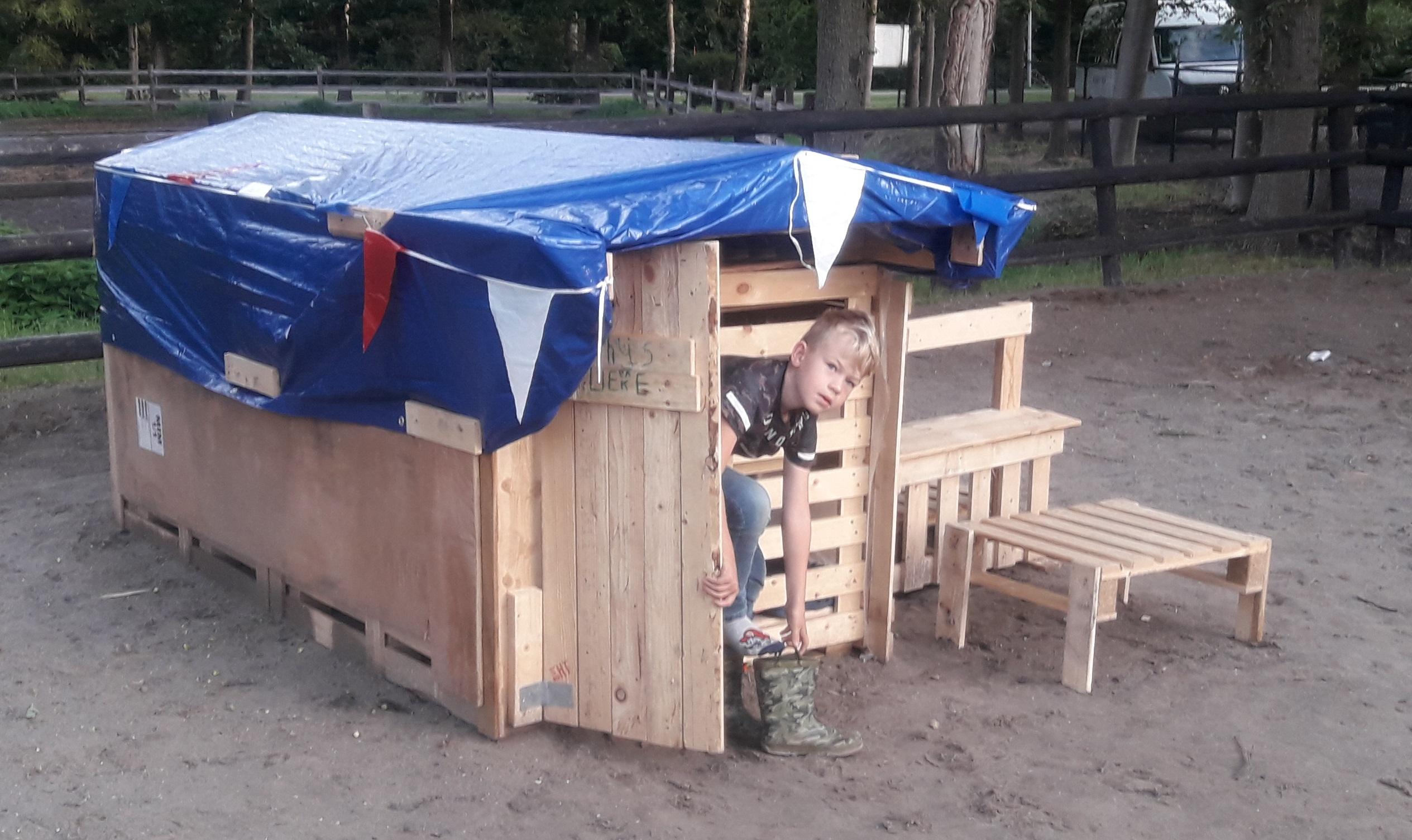 Hut bouwen Urkerbos